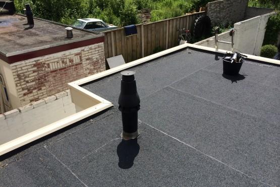 Bitumen dak in Enschede